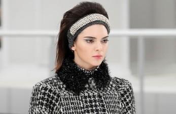 Alasan Kendall Jenner Minum 12 Cangkir Teh per Hari