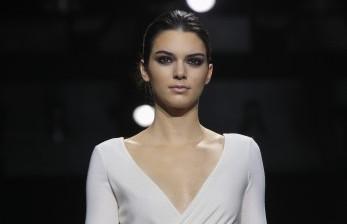 Kendall Jenner Digugat Jenama <em>Fashion</em> Italia