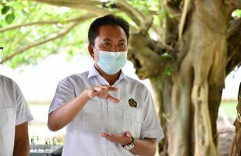 Kepala BPH Migas Serahkan SK Kuota JBT-JBKP Tulang Bawang