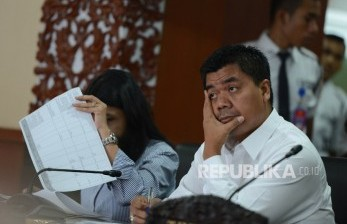KSP Bantah Pernyataan Ngabalin Soal Staf yang Positif Corona