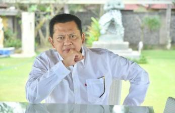 Respons Ketua MPR Terkait Pilkada Serentak