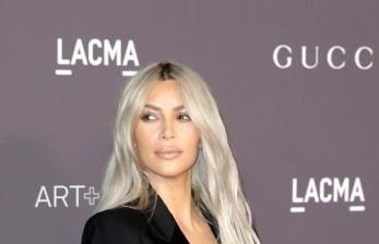 Kris Kardashian Luncurkan Parfum Bersama Ibunya