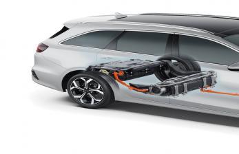 Dianggap Tidak Ramah Lingkungan, Mobil Hybrid akan Dihapus