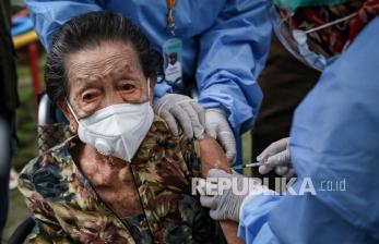 Sekitar 590 Ribu Lansia di DIY Sudah Daftar Vaksinasi