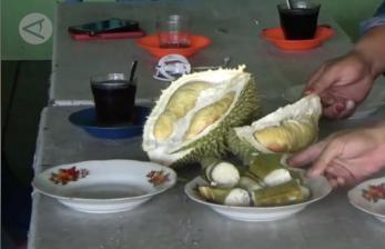 Legitnya Paduan Lemang dan Durian Khas Aceh