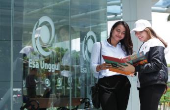 Mahasiswa UEU Raih Beasiswa Mobilitas Internasional