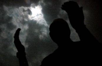 Malaikat Turun Saat Umat Dzikir di Malam Lailatul Qadar