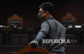 Eks Wakil Ketua KPK: Delapan Hakim MK Bohongi Mata Hati!