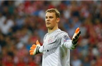 Oliver Kahn Minta Neuer Tetap di Bayern Muenchen