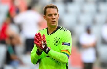 UEFA Hentikan Penyelidikan Ban Kapten Pelangi Manuel Neuer