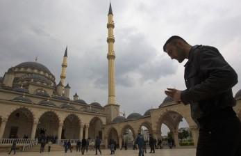 Chechnya Larang Jamaah Belum Divaksinasi Masuk Masjid