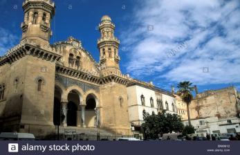 Partai Aljazair Tuntut Prancis di Pengadilan Internasional