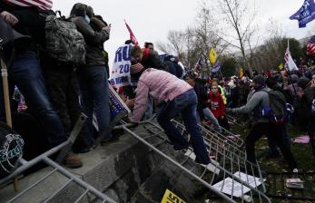 FBI Selidiki Campur Tangan Asing dalam Penyerangan Capitol