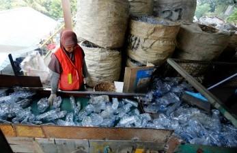 DLH Jatim Gencar Kelola Sampah Berbasis Masyarakat