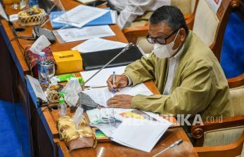 Anggaran Kementerian ESDM Dipangkas Rp 1,1 T demi Vaksin