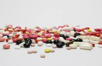Pakar Imbau Masyarakat tak Khawatir Konsumsi Obat