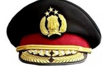 Berpura-pura Mau Beli, Oknum Polisi Curi Cincin Emas
