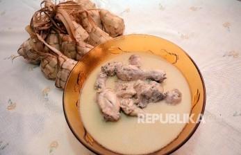 Resep Opor Ayam Istimewa untuk Lebaran
