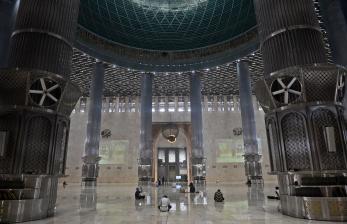 Masjid Istiqlal Batasi Sholat Tarawih untuk 2.000 Jamaah