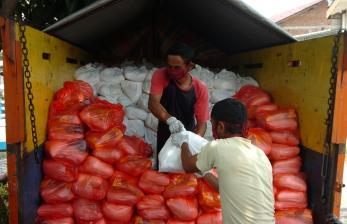 Kemensos Salurkan 6.700 Paket Sembako