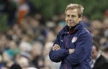 Juergen Klinsmann Tertarik Tangani Tottenham Hotspur