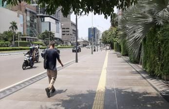 Menikmati Sepinya Jakarta