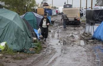 Polisi Bongkar Kamp Pengungsi Darurat di Calais