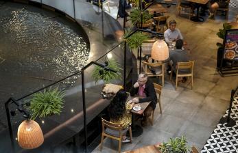 <em>Lockdown</em>, Restoran di Singapura Kembali Siapkan Bento