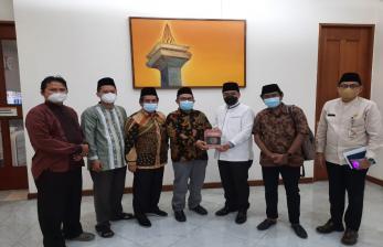 Pengurus LBM PWNU Jakarta Silaturahim ke Wagub DKI