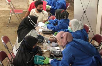 Pesantren Al Ittifaq Gelar Vaksinasi untuk Warga