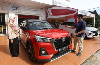 Sri Mulyani Resmi Perpanjang Pajak Mobil Baru Nol Persen