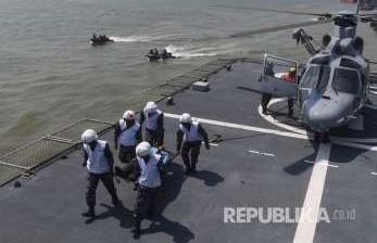 Tiga KRI dan Satu Pesawat Boeing Menuju Perbatasan Malaysia