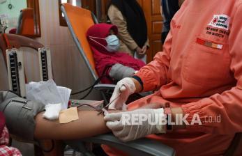 93 Kota/Kabupaten Belum Miliki Unit Transfusi Darah
