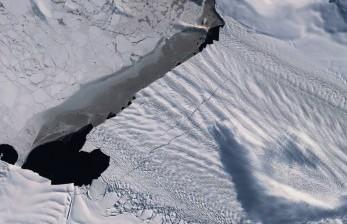 Lapisan Es Cair, Permukaan Laut Bisa Naik 38 Cm pada 2100