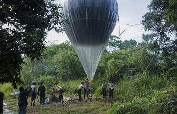 In Picture: Pelarangan Tradisi Balon Udara, Seminggu Pascalebaran