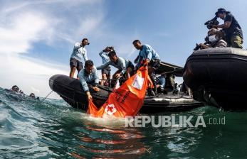 Tim SAR Evakuasi 26 Kantong Jenazah Korban Sriwijaya Air