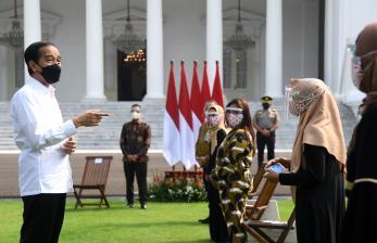 PPKM Diperpanjang, Presiden Minta Bansos Dipercepat