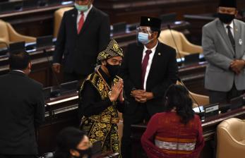 Jokowi Kenakan Baju Adat Sabu NTT di Sidang MPR