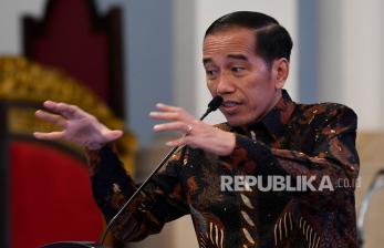 Jokowi: Kepala Daerah Jangan Baca Laporan Saja