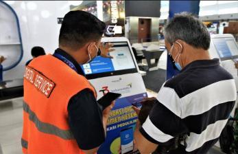 In Picture: Penggunaan PeduliLindungi di Bandara AP II Tembus 1 Juta
