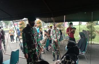 Ratusan Warga Kota Bogor Divaksinasi di Yonif 315 Garuda