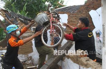 Gempa Jatim, BNPB: 8 Meninggal 1.189 Rumah Rusak