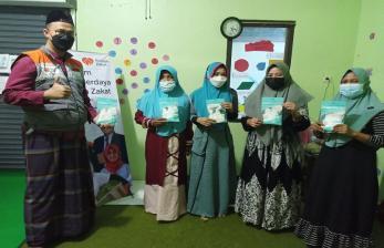 Rumah Zakat Berbagi Masker di Yayasan Lentera Terang
