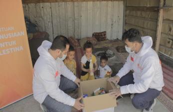 Pascatragedi Al Aqsa, Rumah Zakat Distribusikan 850 Paket