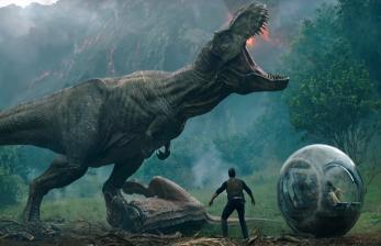 <em>Jurassic World: Dominion</em> Hadirkan Dinosaurus 'Nyata' di Film