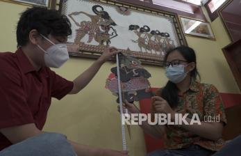 In Picture: Inventarisasi Wayang Kulit  di Museum Wayang Sendangmas