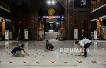 Masjid di Bekasi Gelar Shalat Jumat, Ini Aturannya