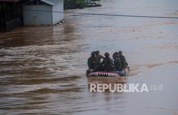 Lapan, Jokowi, Bareskrim, KLHK, dan Walhi Soal Banjir Kalsel