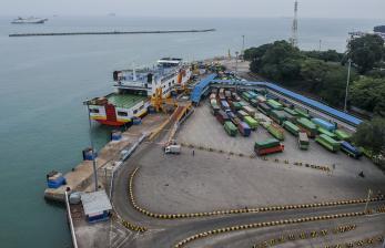 Pelabuhan Merak Hanya Operasikan Dua Dermaga untuk Logistik