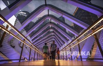 <em>Sky Bridge Instagramable</em> di Stasiun Bandung